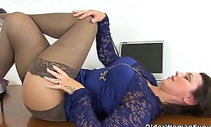 An experienced chick means diversion accouterment 87