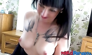 Tattooed emo Cleo Summers blows nerdy dick in fishnets