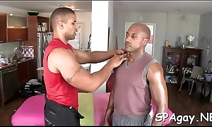 Bull dyke gives magic oral-service for horny dude