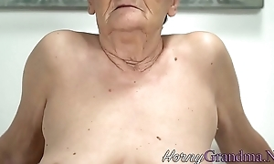 Lascivious gilf gets facial