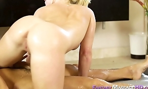 Hawt Bailey Brooke nuru massage