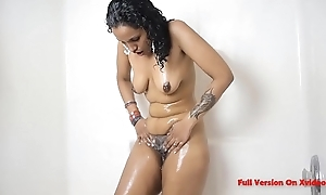 Indian Sexy Aunty Dance And Riding Heavy Dick