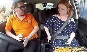 Dissemble Driving Omnibus Voluptuous redhead fucks in car