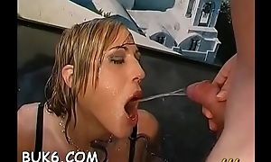 Pretty sweethearts'_ mouths be full to the brim with jizz