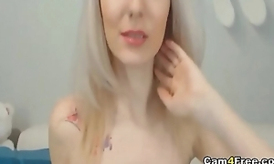 Beautiful Blonde Teen Fucks Herself Using Say no to Gewgaw insusceptible to Vpornlive.com