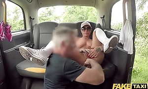 Fake Taxi Anal stretching of the tribadic kind