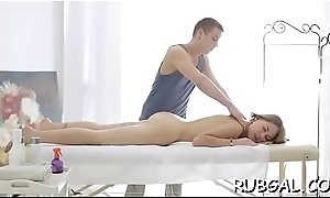Sex toy delivers an unearthy pleasure all over a shaved twat
