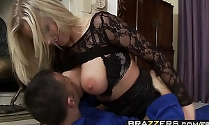 Flannel hungry (Brit Rebecca) More can not depend - BRAZZERS