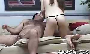 Naked babe loves facesitting during cunilingus orall-service
