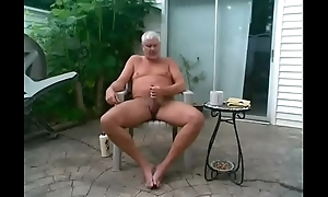 DADDY'_S LONG OUTDOOR WANK