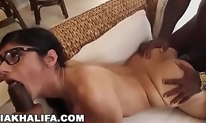 mia khalifa big tits arab pornstar cheats on bf with two black studs