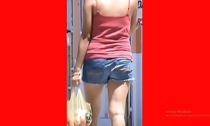SHORTS Descendant PUTA slow-motion[1]