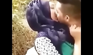 كوبل عربي مص و تقبيل