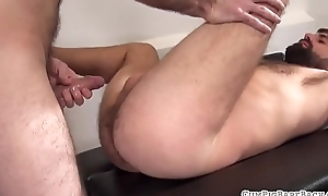Dickriding stud plowed by horny bear