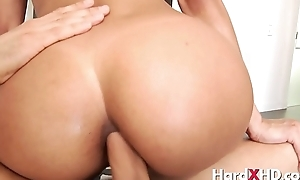 Abbe Lee Brazil has a great anal ass