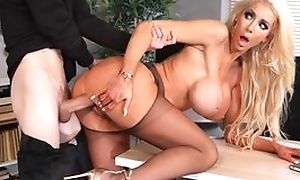Tall fuckdoll with enormous silicone bowels receives their way cunthole screwed