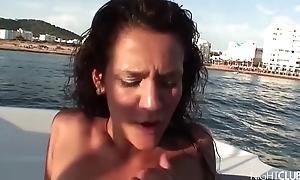 Copulation on be passed on bangboat - Samia Duarte