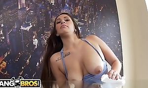 BANGBROS - Latina Maid Evie Olson Cleans The Kitchen Coupled with Jmac'_s Fat Cock