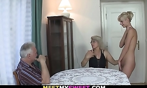 Horny mom licks her youthful pussy intermittently old daddy copulates
